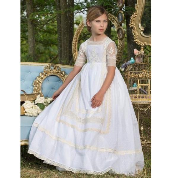 Vestido niña comunión de Marita Rial encaje beige