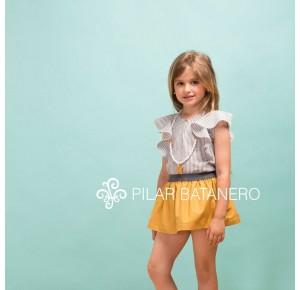 Conjunto niña blusa y falda de Pilar Batanero ocre