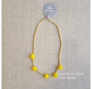 Collar de Mon Petit pompones amarillos