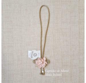 Collar Boho de Kauli cordel y flor