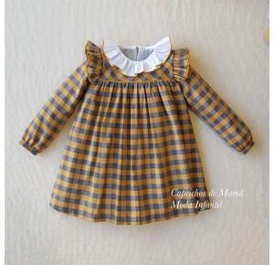 Vestido niña de Mon Petit cuadros mostaza