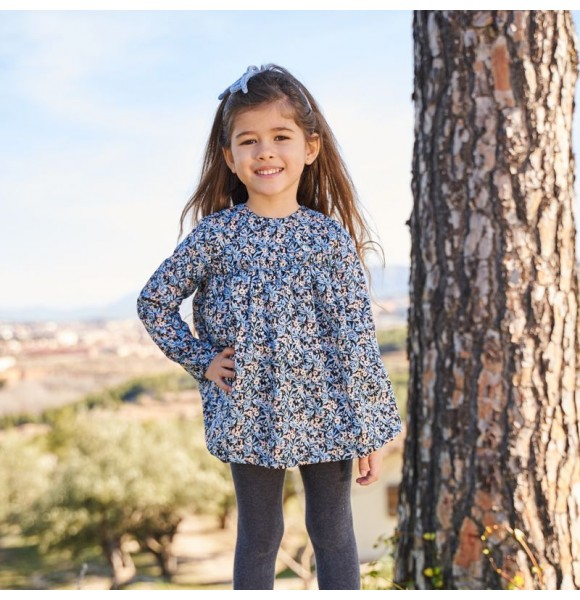 Jesusito niña Blossom de Petite Antoinette liberty azul