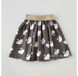 Falda niña de Mon Petit kaki estampado cisnes