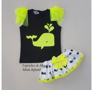Conjunto camiseta y braguita ballenas de Mon Petit