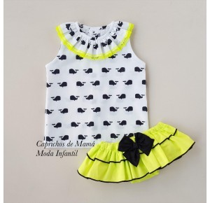 Conjunto camisa ballenas y braga flúor de Mon Petit