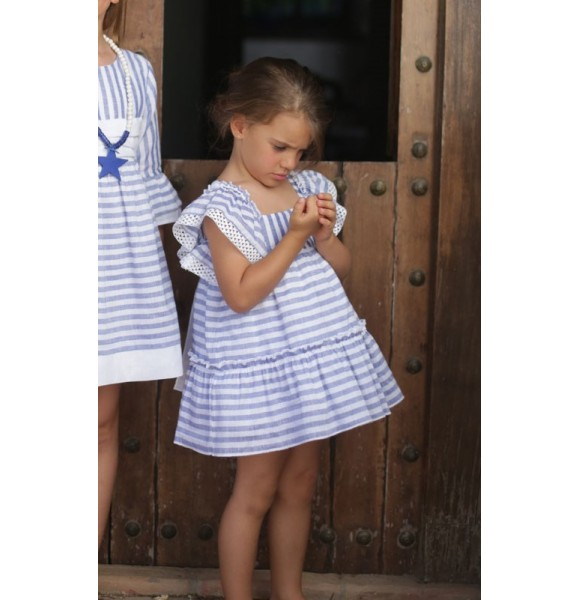 Vestido niña lino rayas volantes de Pilar Batanero