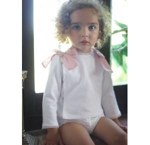 Conjunto bebé niña blanco lazos rosa de Pilar Batanero