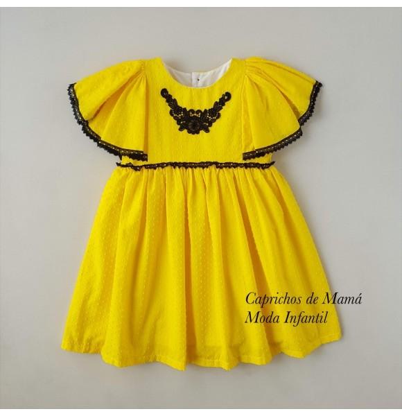 Vestido niña plumeti amarillo de Mon Petit
